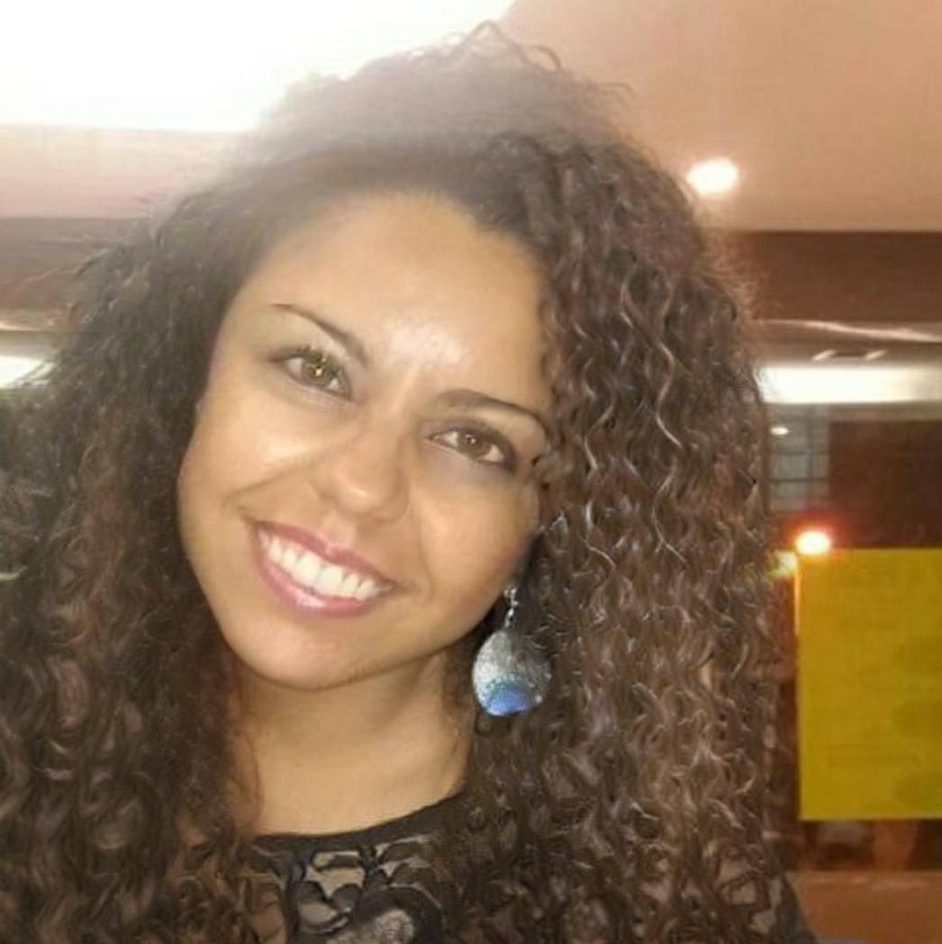 Nívea Vieira